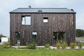 Speciality Timber - Charred, Burnt, Blackened (yaki sugi-ita, yakisugi, shou sugi ban) cladding, flooring and decking Andrew Goto